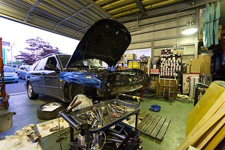 国の厳しい基準を満たす認証工場|米沢市中古車販売のヤリミズ自動車