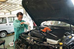 ヤリミズ自動車の自動車メンテナンス|米沢市中古車販売のヤリミズ自動車